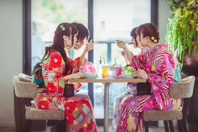涼しく京都観光するならVASARA京都祇園店で浴衣をレンタルしよう